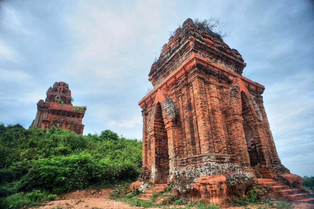 Chùm ảnh: Vẻ đẹp nghìn năm của tháp Bánh Ít ở Bình Định