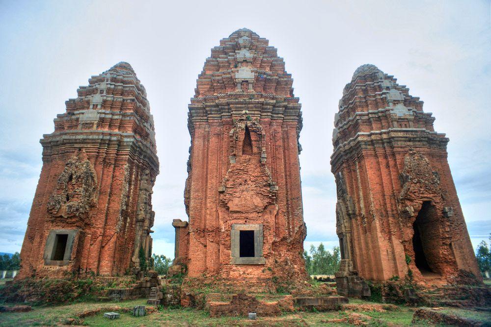 Chùm ảnh: Tháp Dương Long – tòa tháp Chăm cao nhất Việt Nam