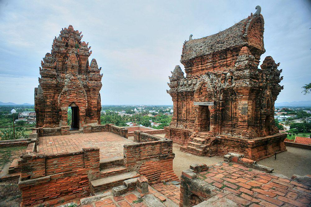 Trần Nhân Tông – Chế Mân và quan hệ Đại Việt – Champa