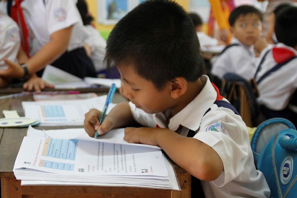Từ tư tưởng giáo dục của Rousseau, nghĩ về giáo dục Việt Nam