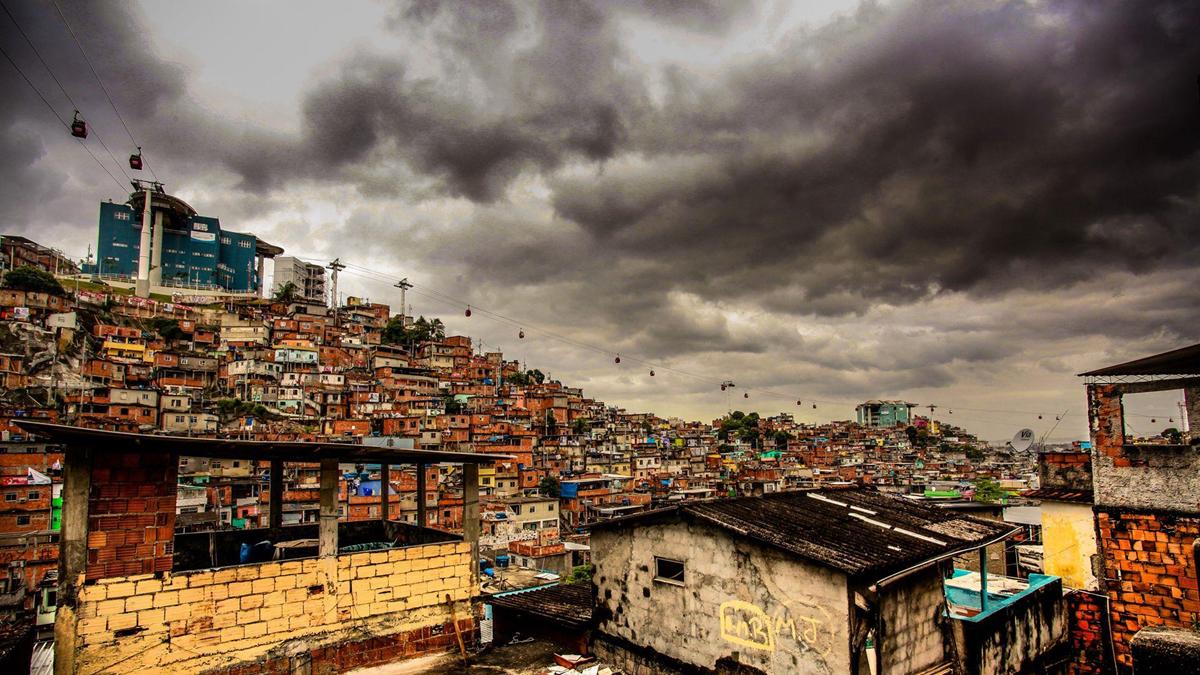 Nhung cai chet day oan uc duoi hong sung canh sat o Rio de Janeiro hinh anh 4