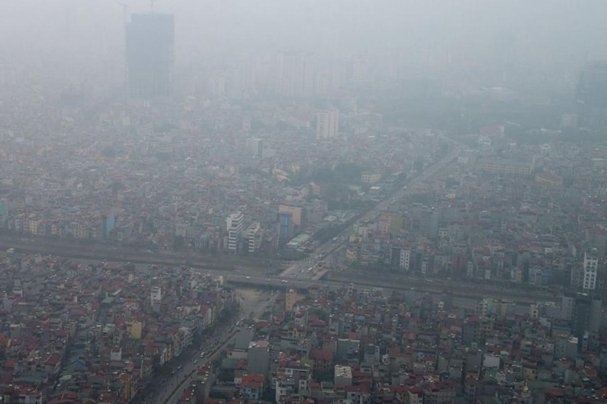 Về lớp sương mù giết người ở Hà Nội