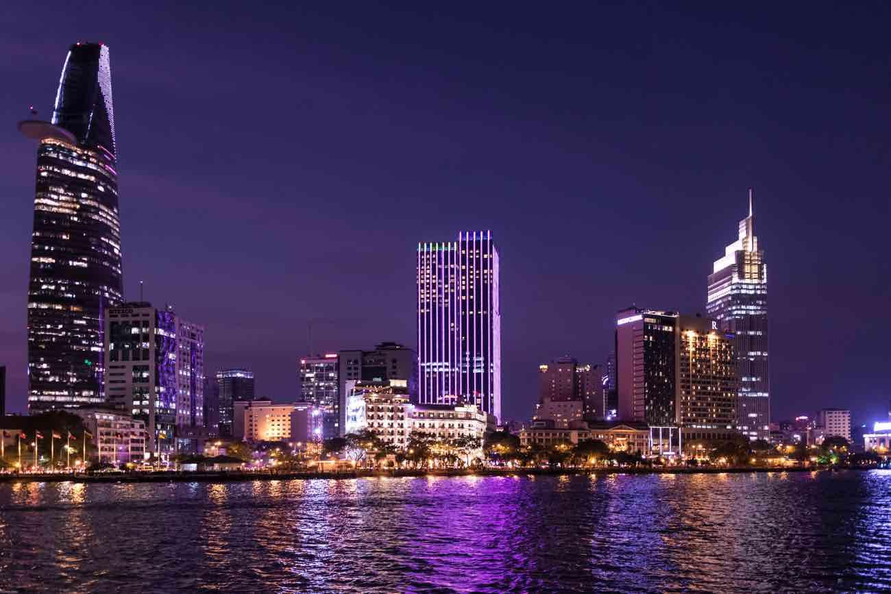 Từ Hà Nội đến Sài Gòn – tóm lược một quá trình vận động của lịch sử dân tộc