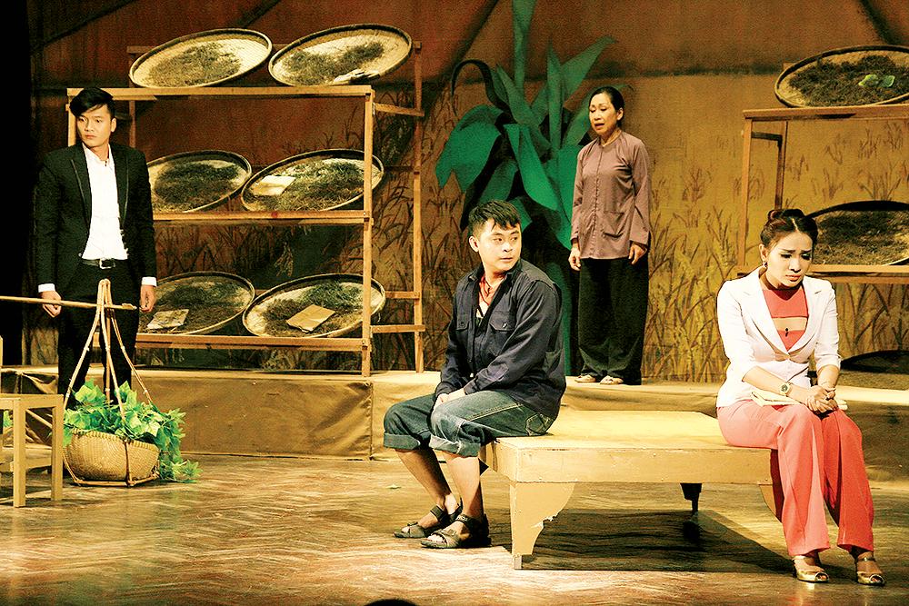 Nghệ thuật kịch nói và vấn đề tiếp nhận văn hóa bên ngoài của Việt
