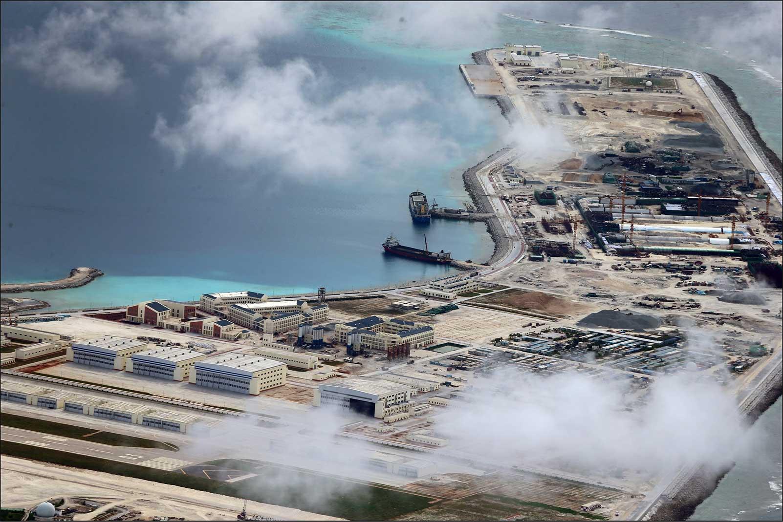 Trung Quốc sẽ làm gì với các tiền đồn trên Biển Đông?