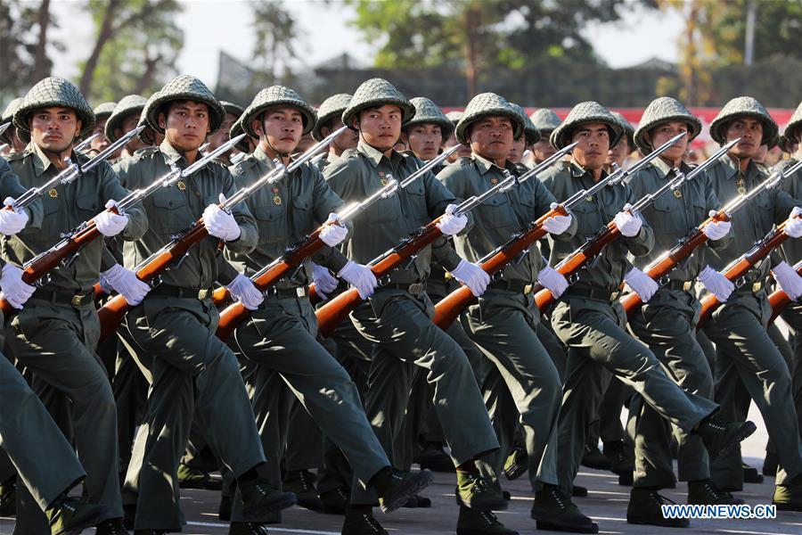 Vài nét về sức mạnh của quân đội Lào