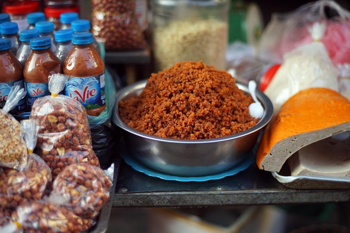 Chùm ảnh: Khám phá thiên đường ẩm thực ở chợ Hàng Bè Hà Nội
