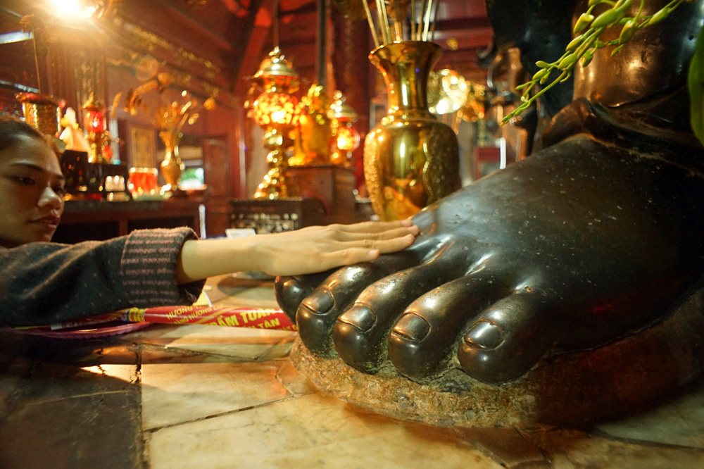 Chùm ảnh: Khám phá ngôi đền cổ hoành tráng nhất Hà Nội