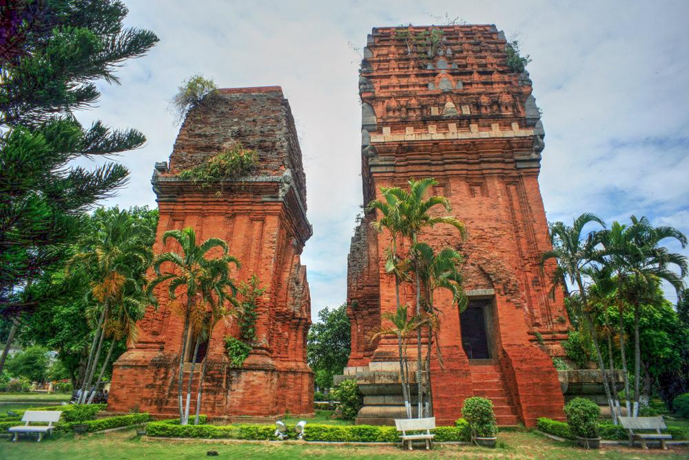 Chùm ảnh: Tháp Đôi Quy Nhơn – tòa tháp Chăm mang dấu ấn Angkor