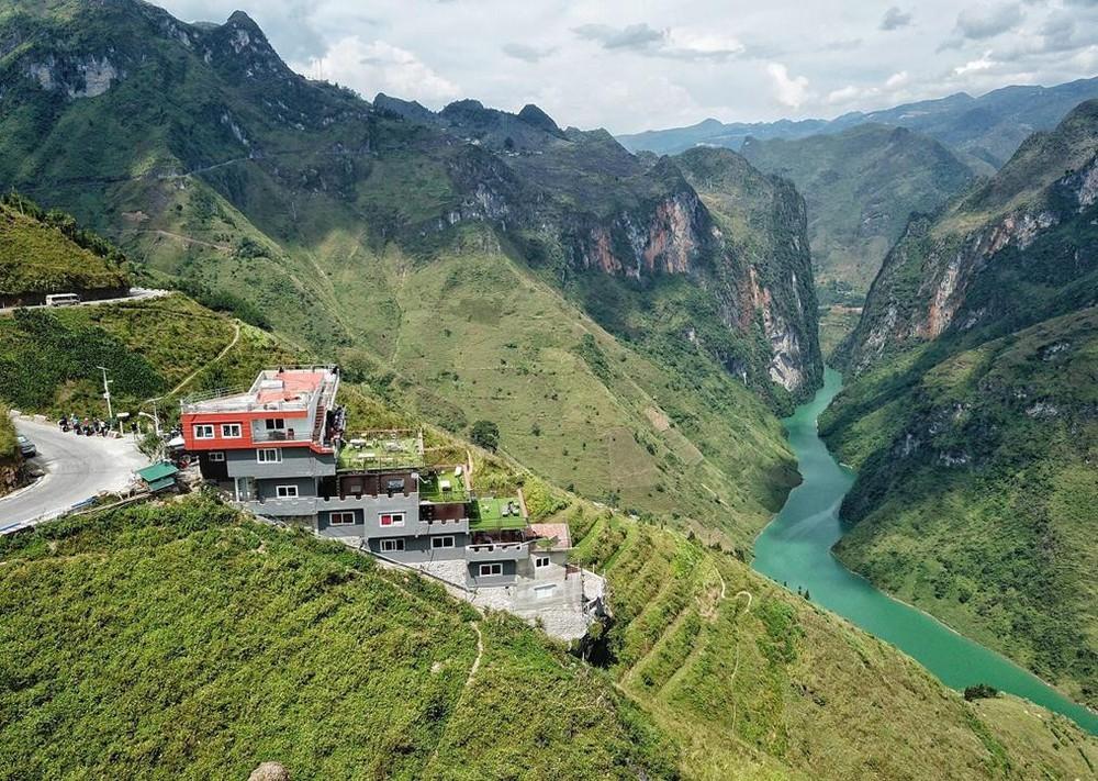 Sơn Trà, Mã Pì Lèng và sự nhân danh 'du lịch sinh thái' để tàn phá thiên nhiên