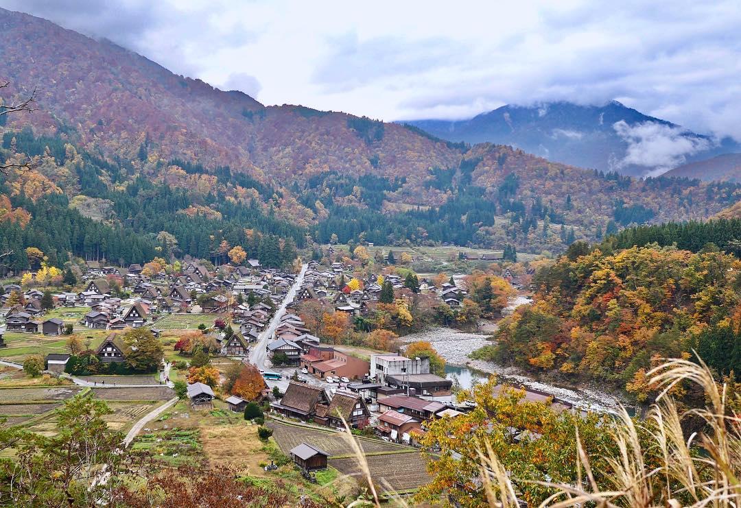 Chùm ảnh: Cảnh sắc mùa thu tuyệt đẹp ở làng cổ Shirakawago