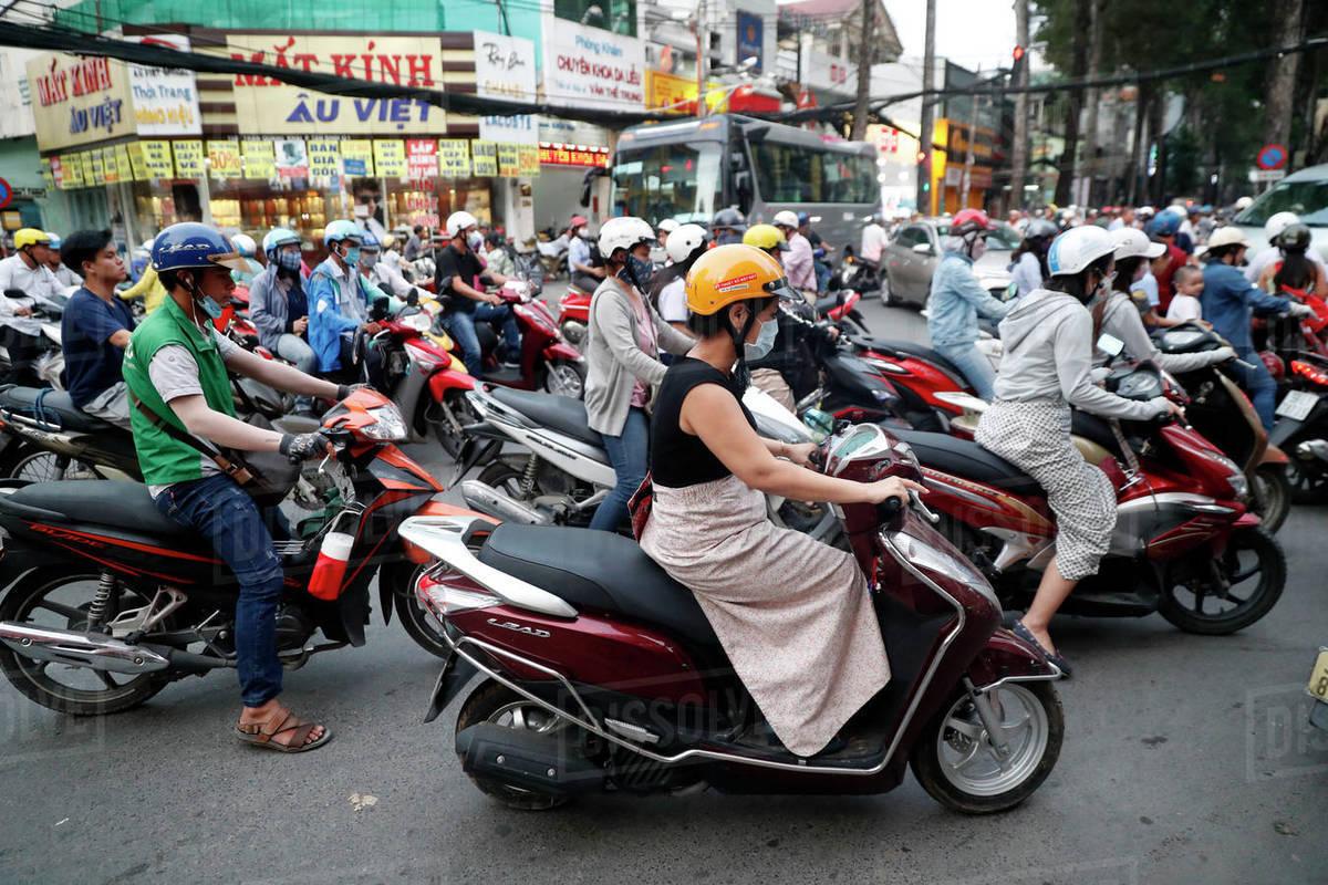 Phát sợ thói nói một đàng, làm một nẻo của người Việt