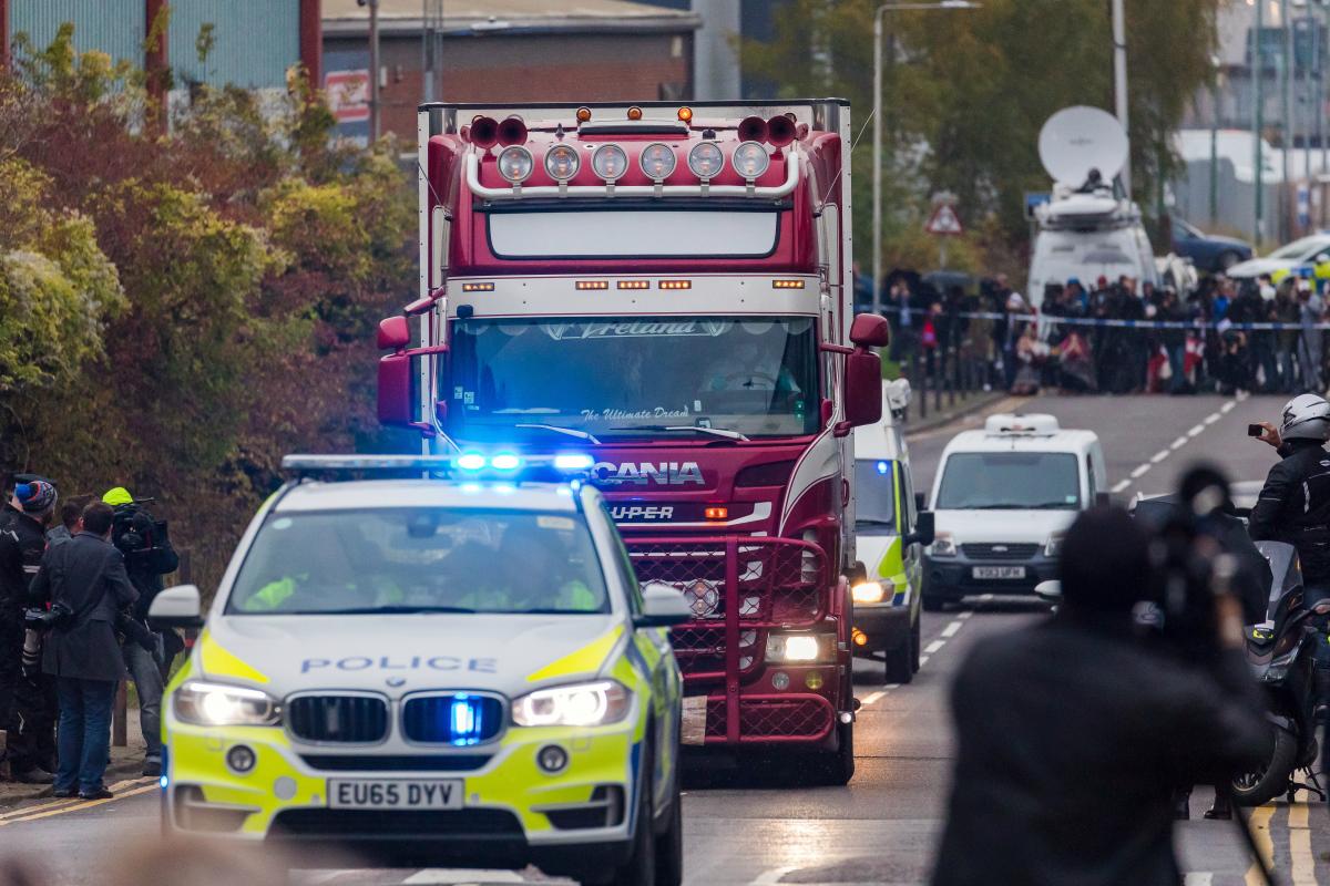 Thảm kịch 39 người chết ở Anh: Góc nhìn từ một người Mỹ gốc Việt