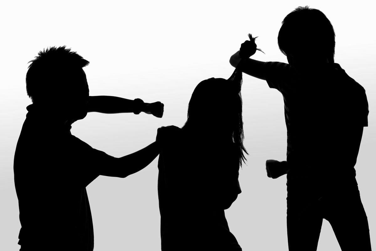8 lý do khiến trẻ vị thành niên cư xử bạo lực