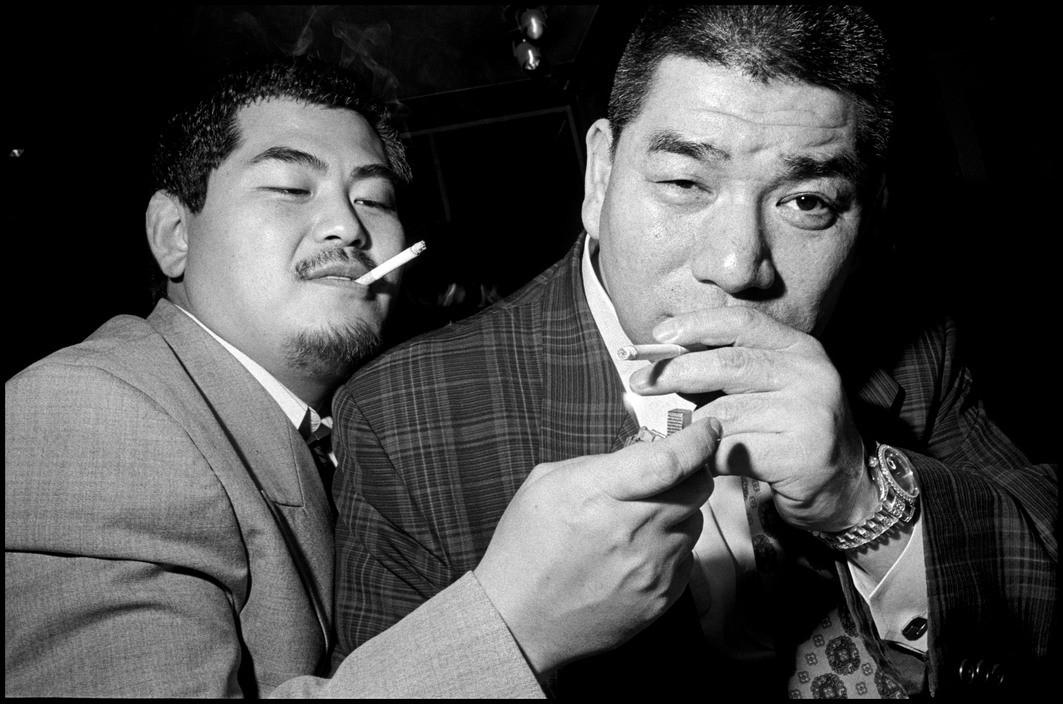 Chùm ảnh: Bên trong thế giới ngầm của Yakuza Nhật Bản thập niên 1990