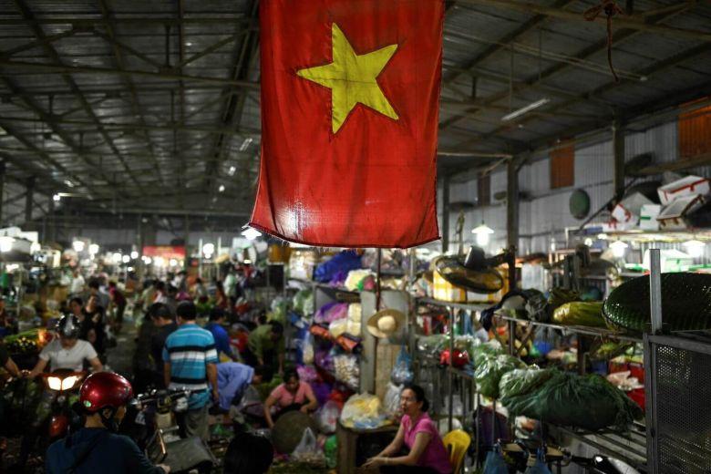 'Made in Vietnam' thời hội nhập quốc tế: Đừng tự hào một cách thiếu hiểu biết