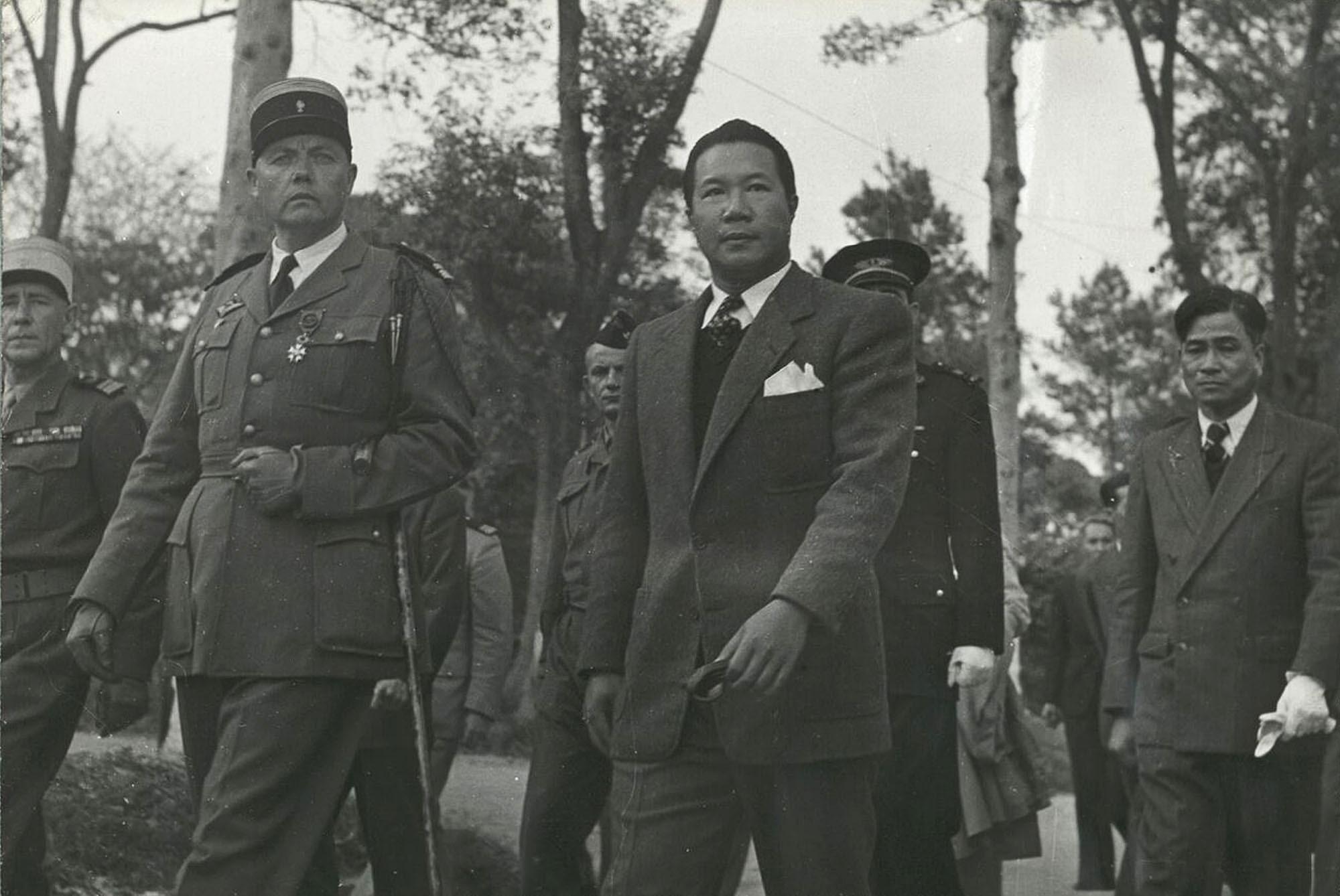 Chùm ảnh: Quốc trưởng Bảo Đại du hí Lạng Sơn năm 1950