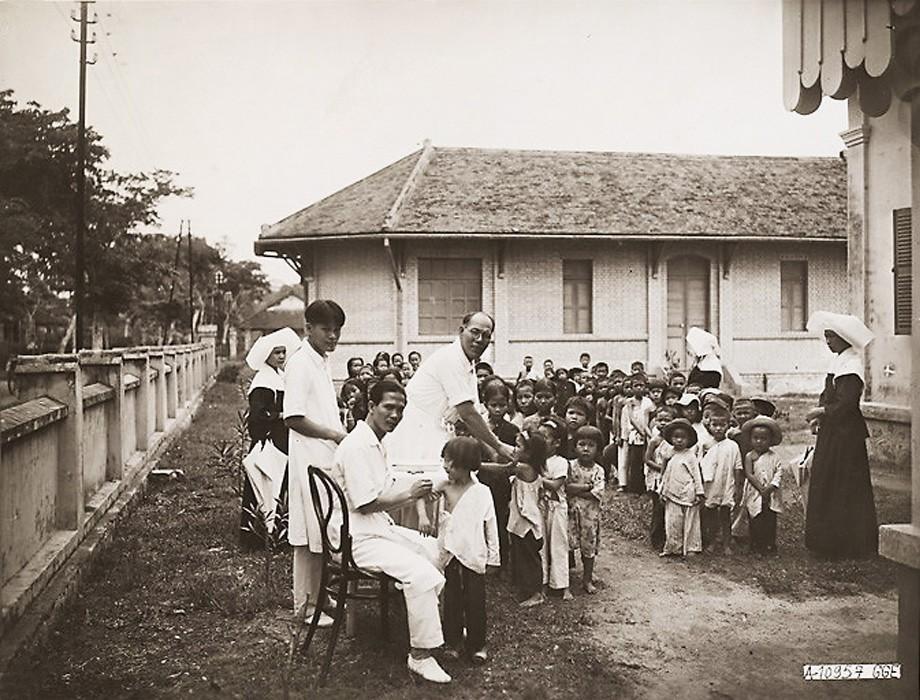Xứ Nam Kỳ giai đoạn 1921 – 1935 qua ảnh của Leon Busy