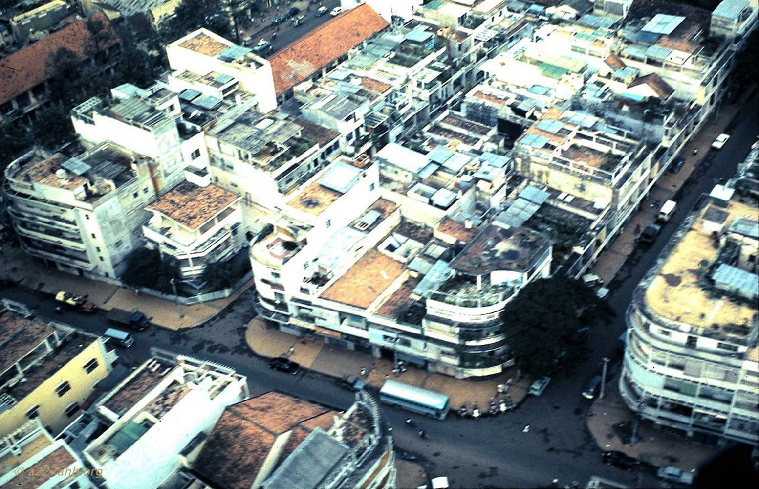 Góc nhìn từ máy bay về Sài Gòn trước 1975 của Jerry Westenskow