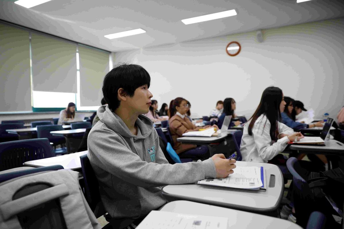 'Thia ban' - nhung nguoi Han Quoc khong con tin vao co hoi doi doi hinh anh 15 han_10.jpg