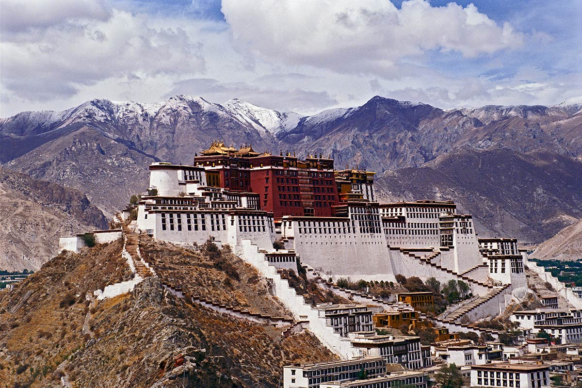 Bức tranh toàn cảnh về Phật giáo Mật tông Tây Tạng