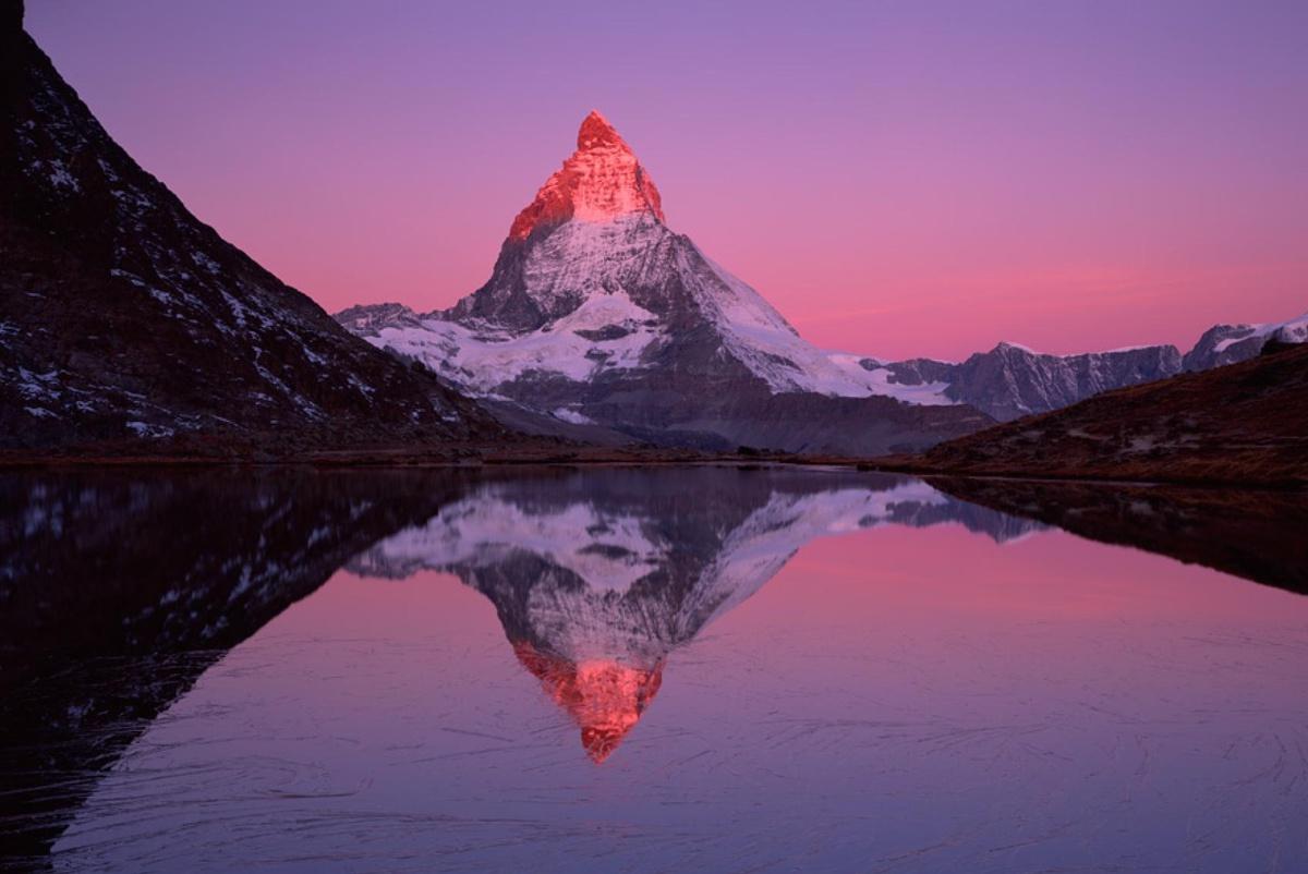 Chùm ảnh: 10 ngọn núi đẹp nhất thế giới