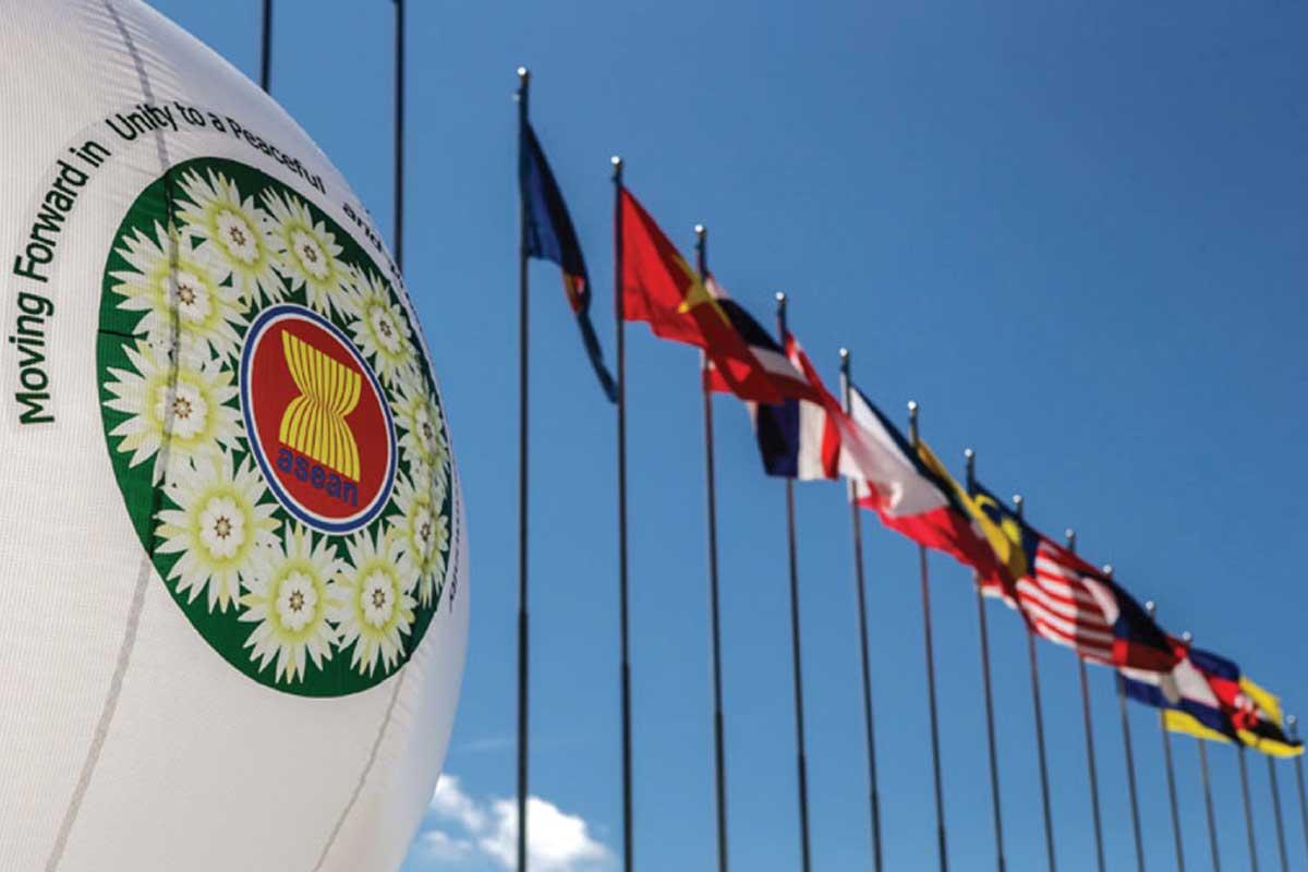 Chính sách đối với Đông Nam Á của Trung Quốc và thách thức đối với Việt Nam