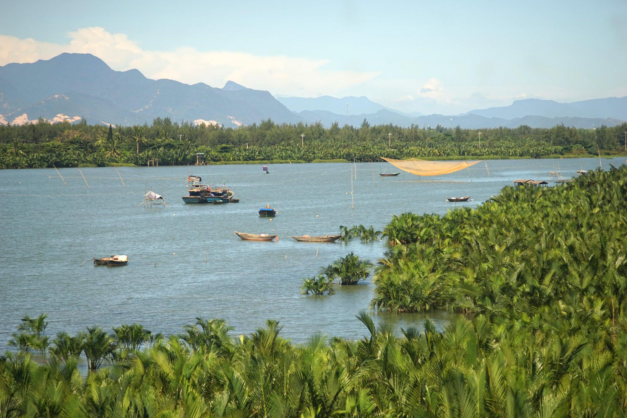 Sông và biển với văn hóa Việt Nam