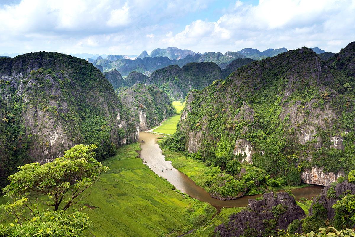 Quan điểm và nguyên tắc phát triển du lịch bền vững
