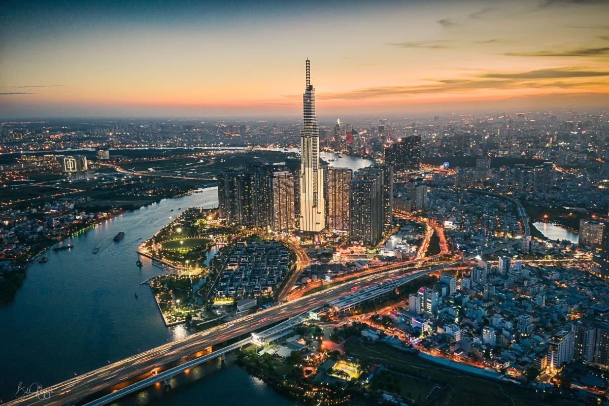 Công bằng xã hội và phân hóa giàu nghèo ở Việt Nam