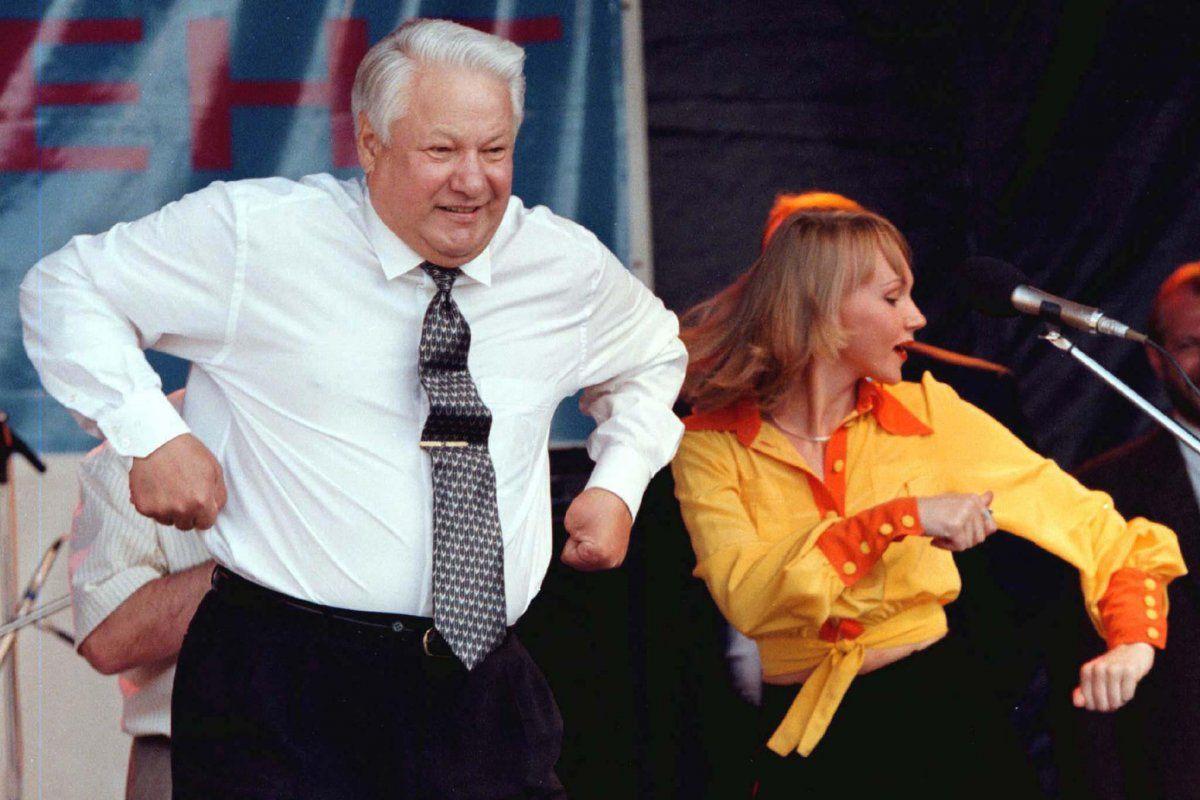 Donbass và Crimea xin gia nhập Nga, ông Yeltsin không duyệt vì… nhà bao việc