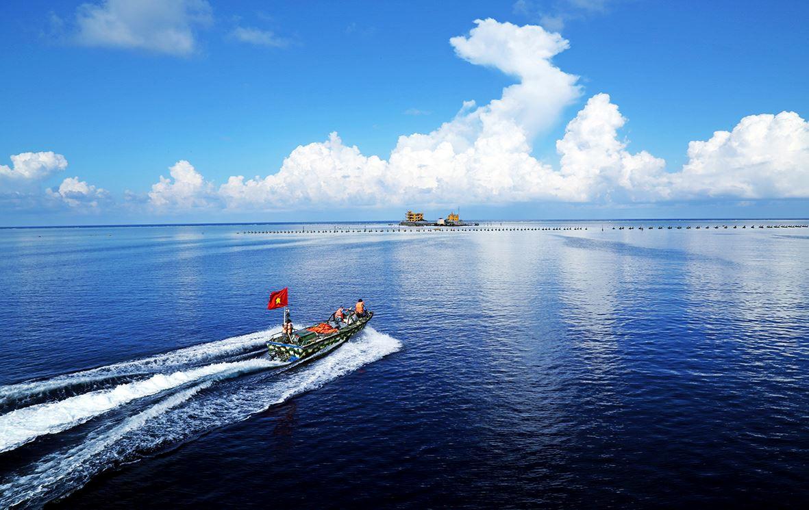 Biển đảo là không gian sinh tồn, hành lang văn hóa của người Việt