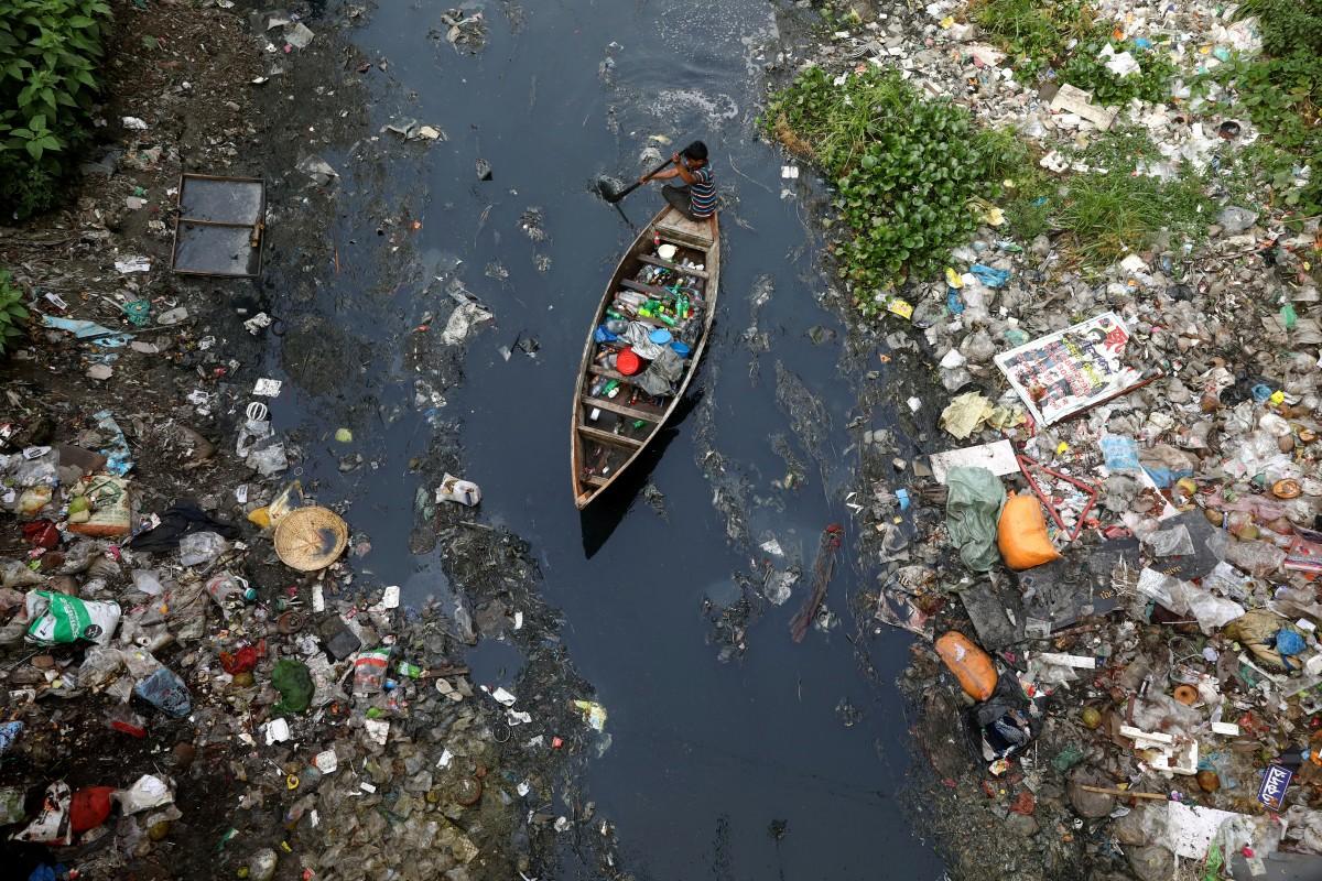 Vi hạt nhựa – 'sát thủ thầm lặng' với môi trường và sức khỏe con người