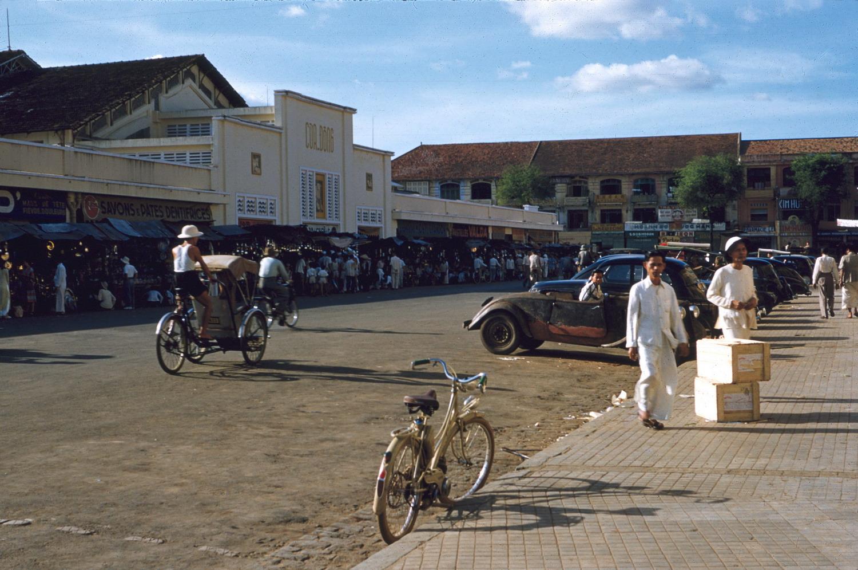 Sài Gòn – Chợ Lớn năm 1954 qua 37 bức ảnh của thủy thủ Mỹ
