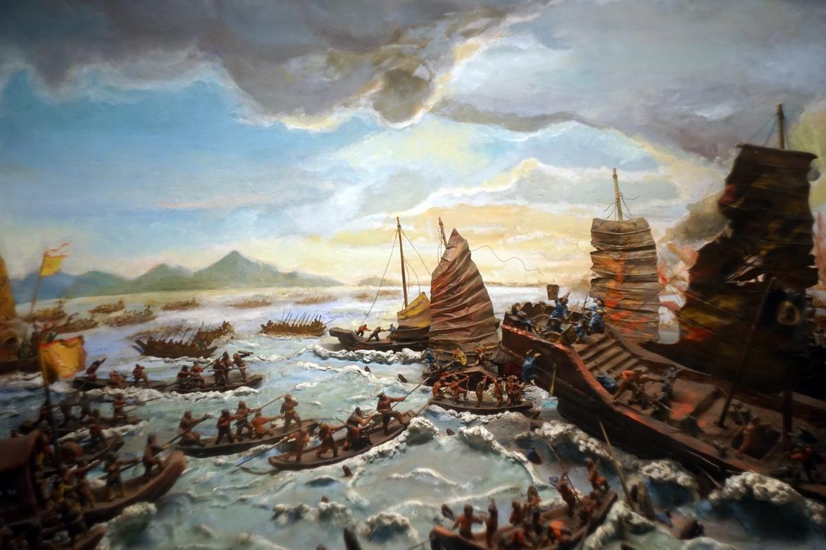 Chùm ảnh: Khám phá trận Bạch Đằng 938 bi tráng qua mô hình lịch sử