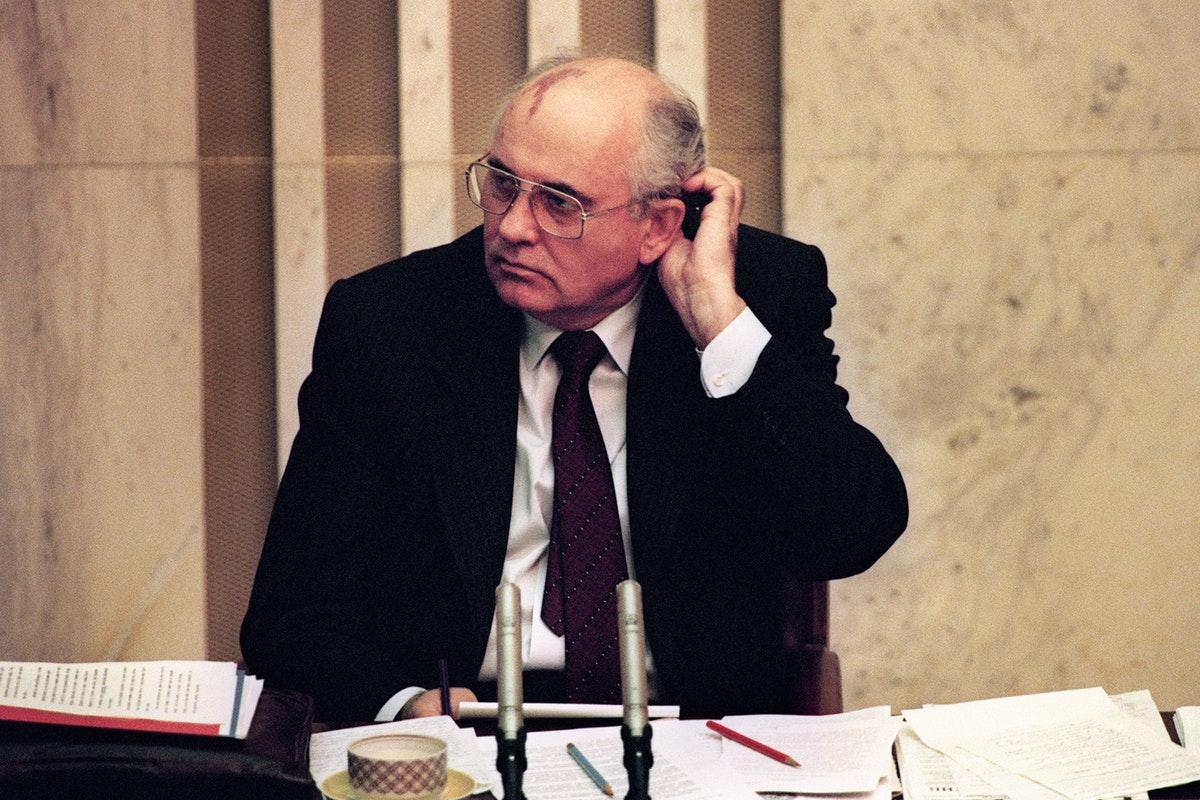 Bài học từ sự sụp đổ của Liên Xô: Những sai lầm về đường lối của Đảng – từ Stalin đến Gorbachev