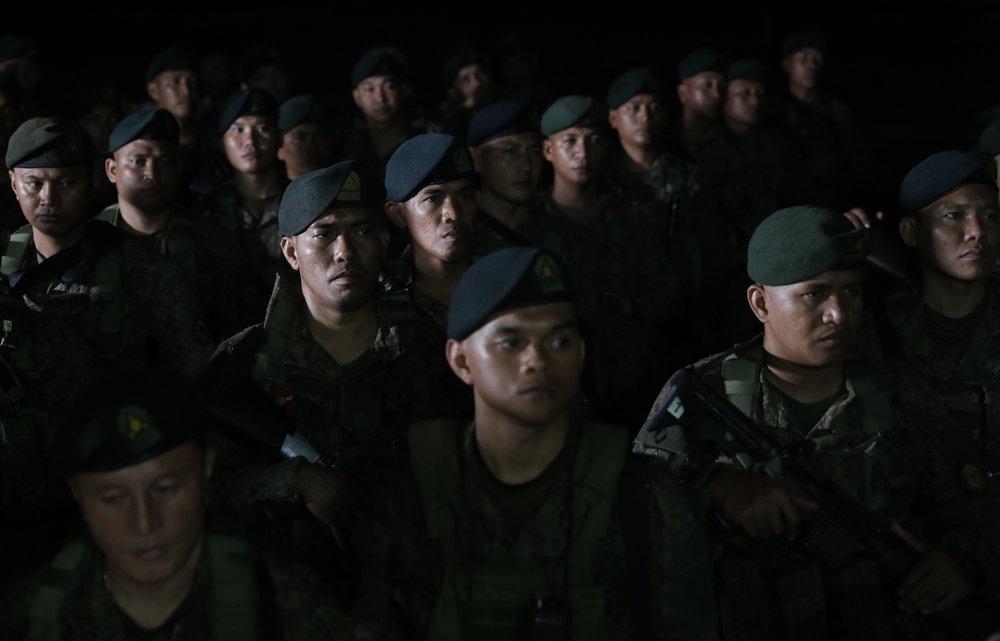 Hang nghin canh sat, binh si Philippines phong toa thu do vi Covid-19 hinh anh 5 Philippines_3.jpeg