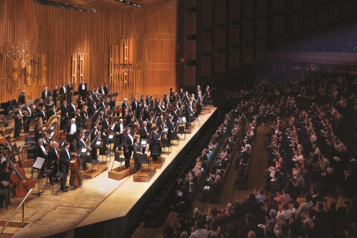 Dàn nhạc giao hưởng và vẻ đẹp tuyệt mỹ của âm nhạc cổ điển