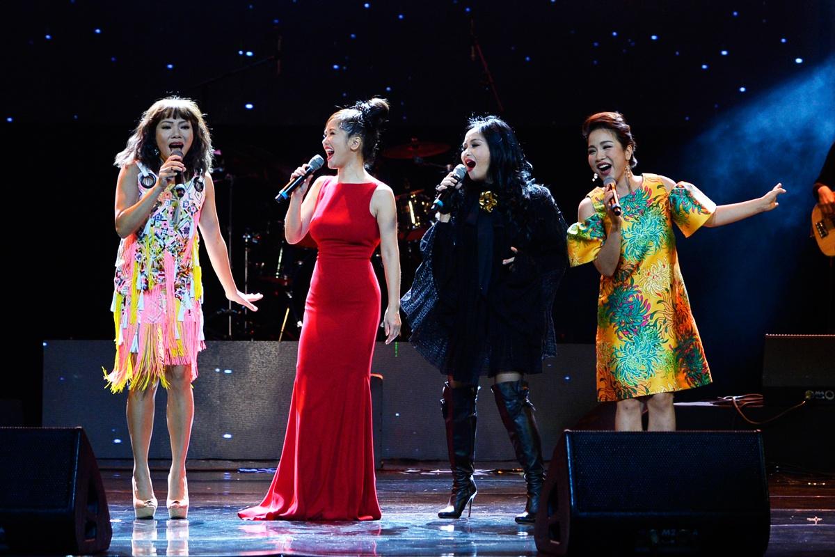 Ca từ âm nhạc và vấn đề giữ gìn sự trong sáng của tiếng Việt