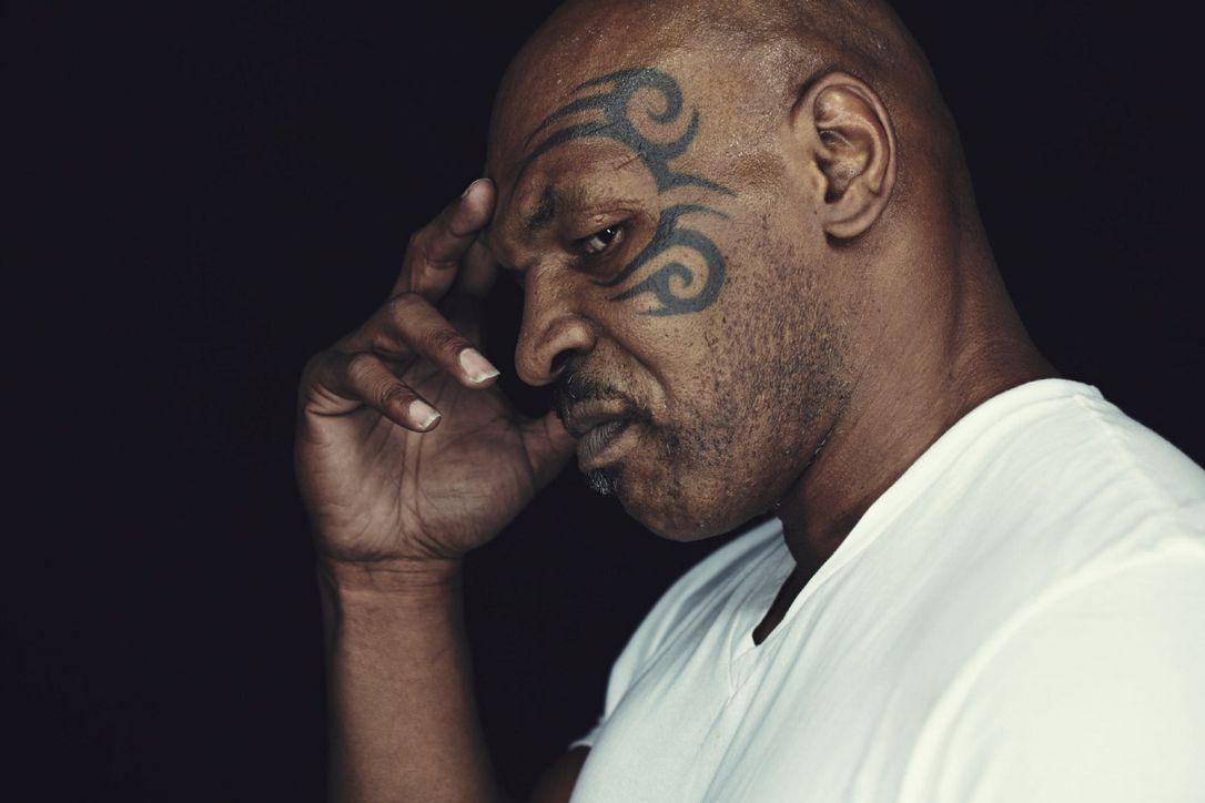 Mike Tyson: Những bài học đắt giá từ một cuộc đời chìm nổi