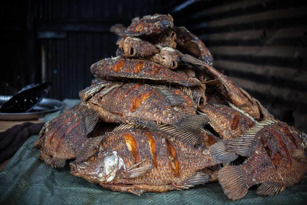 Chùm ảnh: Thế giới ẩm thực ở khu ổ chuột lớn nhất châu Phi