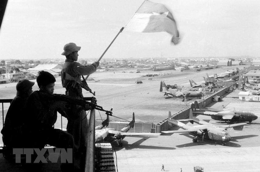 Những hình ảnh lịch sử về chiến dịch Hồ Chí Minh