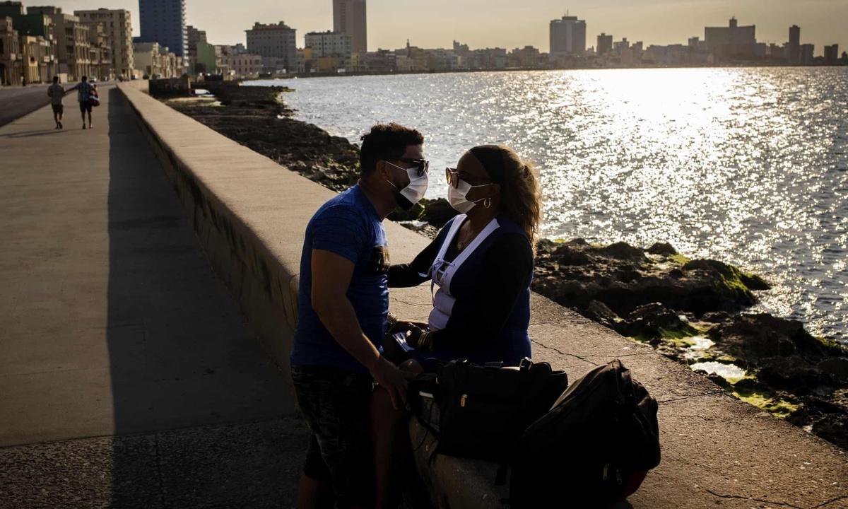 Chùm ảnh: Cuộc sống trong đại dịch COVID-19 ở Cuba