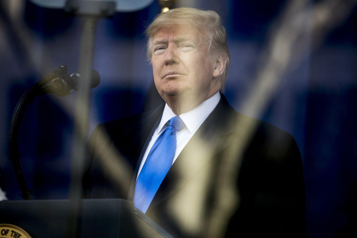 Donald Trump có thực sự ngu ngốc như chúng ta thường nghĩ?