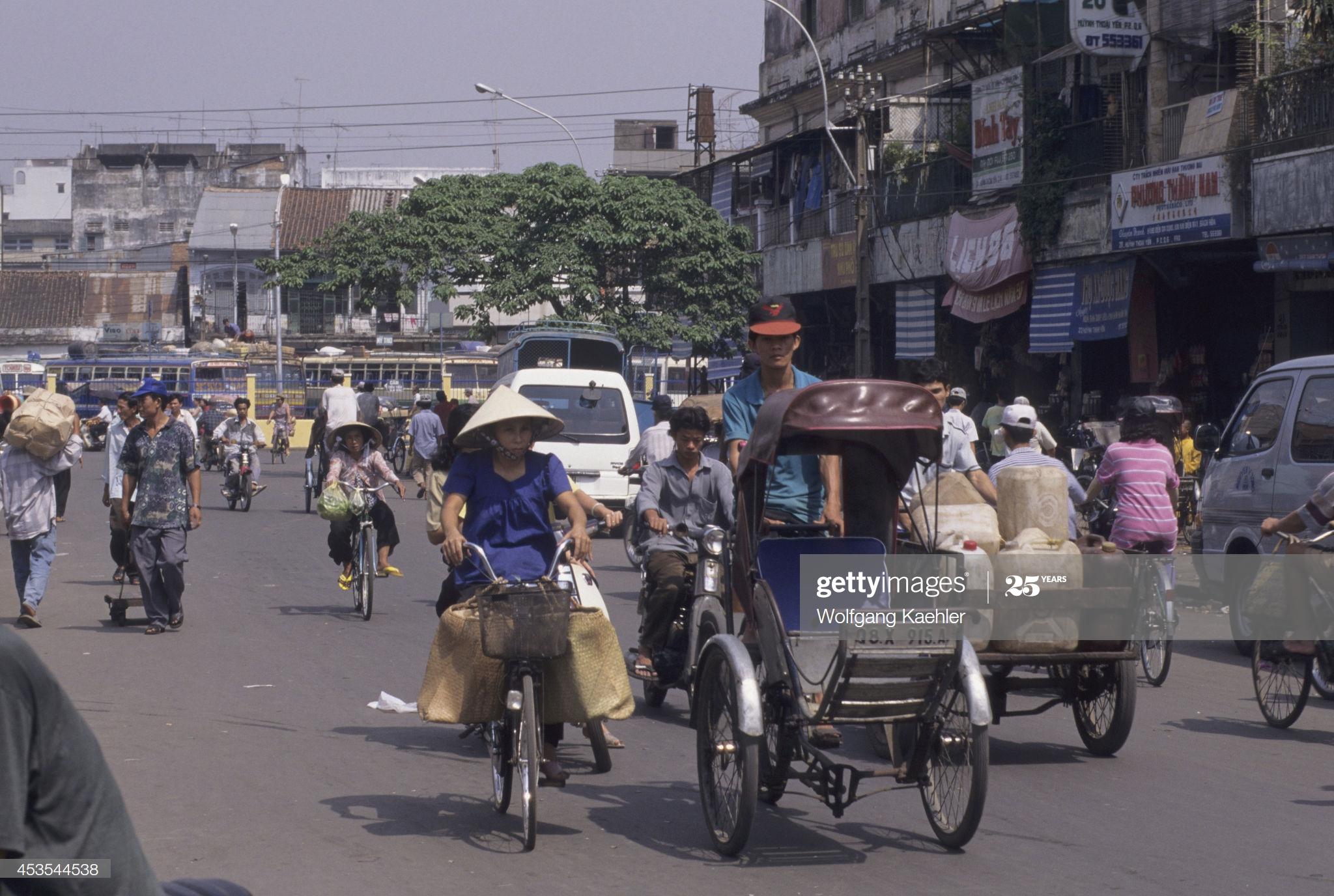 Loạt ảnh tuyệt với về Sài Gòn năm 1996 của phó nháy Đức