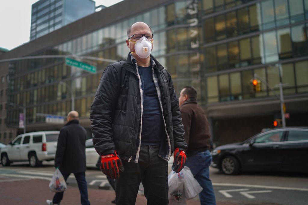 Bị kỳ thị – bi kịch của các bác sĩ tuyến đầu chống dịch ở New York