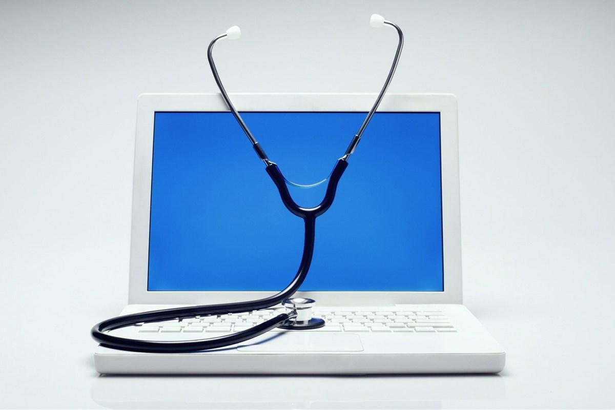 Đừng đánh cược mạng sống vào bác sĩ Facebook, Google