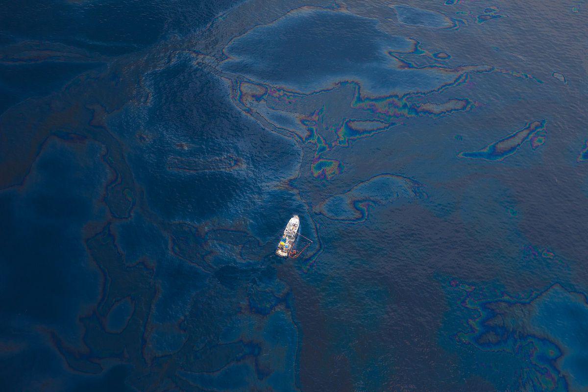 Hỏi đáp về các vấn đề môi trường liên quan tới tài nguyên biển