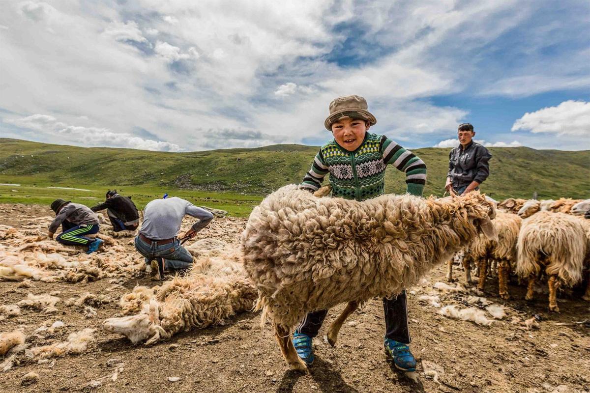 Chùm ảnh: Cuộc sống của những người du mục Kazakh ở Mông Cổ