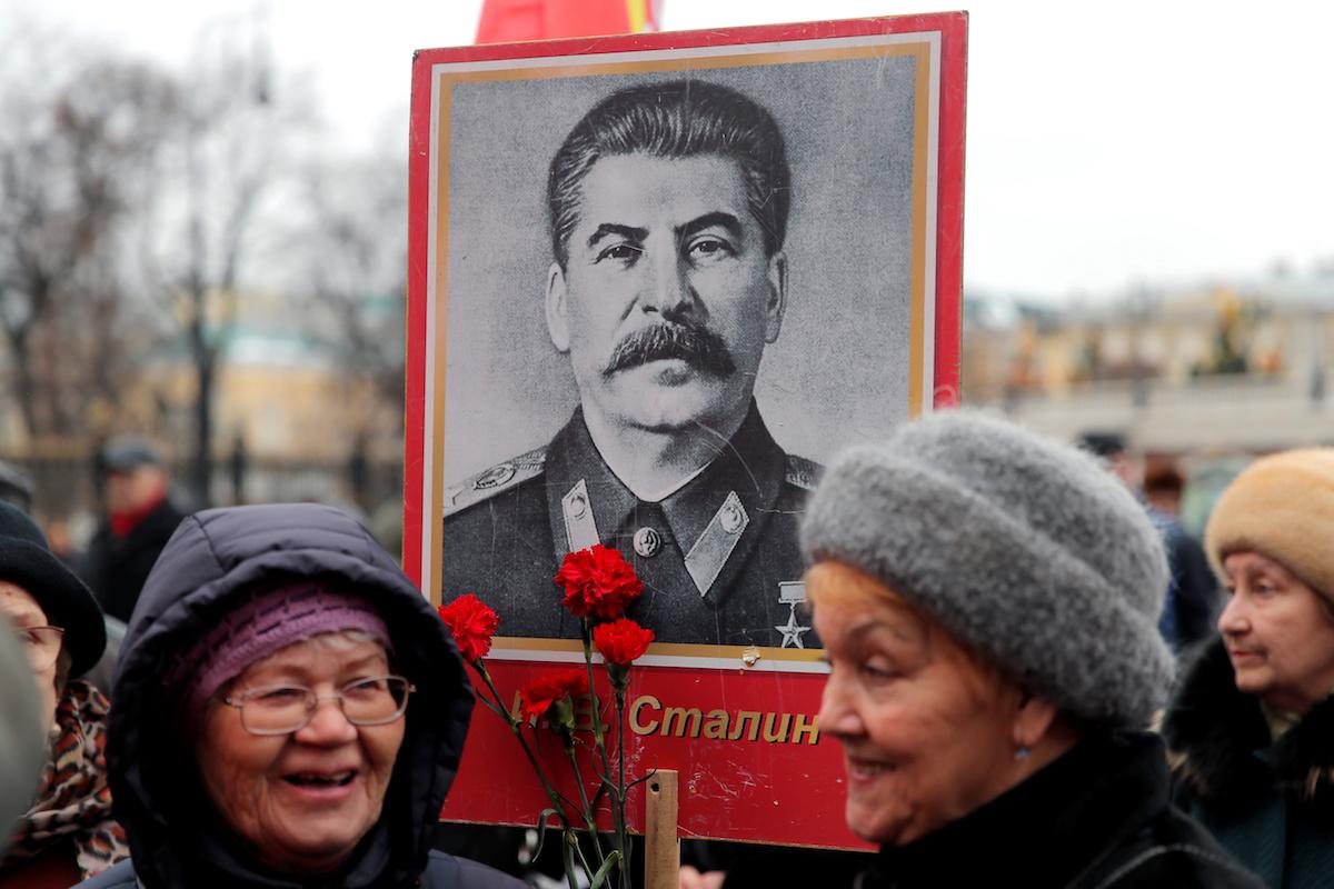 Stalin và cuộc Chiến tranh Vệ quốc: Hóa giải một âm mưu bóp méo lịch sử